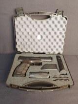 Pre-Owned - H&K VP40 SA/DA .40S&W Handgun - 11 of 12