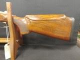 Pre-Owned - Beretta 682 12 Gauge 2 Barrel Shotgun Set - 9 of 18
