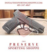 """Pre Owned - Springfield XDS DAO 9mm 4"""" Pistol - 1 of 12"""