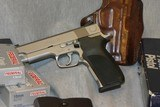 S&W 1076, THE REAL FBI 10MM!!
