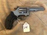 S&W model 651-1Kit gun 22 MRF