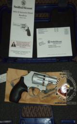 Smith & Wesson S&W 317-2 AirLite 8-shot revolver .22 lr LNIB - 1 of 5