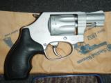 Smith & Wesson S&W 317-2 AirLite 8-shot revolver .22 lr LNIB - 2 of 5