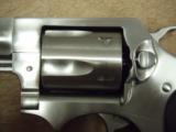 Ruger SP101 .357 mag 2.25 - 4 of 7