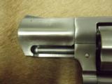 Ruger SP101 .357 mag 2.25 - 3 of 7