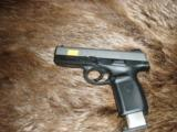 Smith & Wesson .40S&W Stainless Slide Polymer grip - 2 of 3