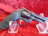 "SMITH & WESSON S&W MODEL 57 .41 Mag 6-Shot 4"" barrel - 1 of 4"
