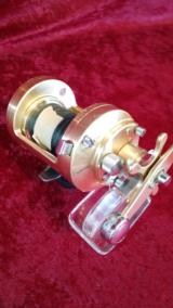 Calcutta 700s Forged Casting Reel by Shimano - 6 of 7