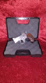Bond Arms .410 Stainless Over/Under Handgun .45LC Rosewood