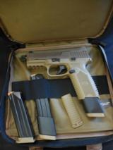 FN 509 Tactical 9 mm Luger pistol FDE/FDE NS 1-17 rd mag & 2-24 rd mags NEW #66100353 - 3 of 4
