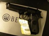 Beretta 92 FS. 9mm - 2 of 3