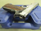 """Smith & Wesson SW1911 Stainless 9mm 5"""" 178047 - 7 of 9"""