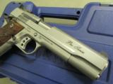 """Smith & Wesson SW1911 Stainless 9mm 5"""" 178047 - 6 of 9"""