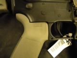 COLT M4 MOE CARBINE MAGPUL EXCLUSIVE .22LR - 6 of 9