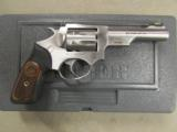 Ruger SP101 Double-Action .22 LR 5765 - 1 of 8