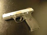 RUGER STAINLESS SR40 STAINLESS FULL-SIZE .40 S&W 3470 - 2 of 5