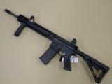 Daniel Defense M4 Carbine V1 LW(Lightweight Barrel) - 2 of 5