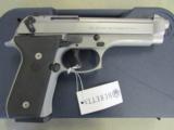 Beretta 92FS Inox (Stainless) 9mm JS92F500 - 3 of 8