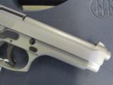 Beretta 92FS Inox (Stainless) 9mm JS92F500 - 7 of 8