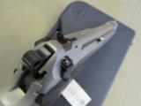 Beretta 92FS Inox (Stainless) 9mm JS92F500 - 8 of 8