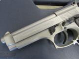 Beretta 92FS Inox (Stainless) 9mm JS92F500 - 6 of 8