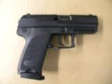 Heckler & Koch USP .40 S&W Compact - 1 of 4