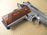 Smith & Wesson Model SW1911TA Tactical Rail .45ACP - 3 of 5