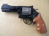 Smith & Wesson Model 329PD AirLite 6 Shot .44 Magnum - 2 of 5