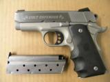Colt Lightweight Defender Micro 1911 9mm Para. - 2 of 5