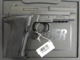 Sig Sauer P226R Nitron with Night Sights 9mm E26R-9-BSS - 1 of 7