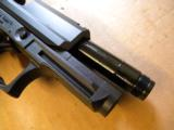 Heckler & Koch USP Compact Tactical .45ACP - 4 of 4