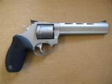 Taurus Tracker 992 .22LR/.22 Magnum Revolver - 1 of 5