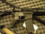 Daniel Defense M4 Carbine, V5 LW No Sights, Lightweight Barrel - 3 of 5