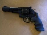 Smith & Wesson Model M&P Performance Center R8 8 Shot .357 Magnum - 1 of 5