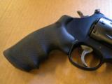 Smith & Wesson Model M&P Performance Center R8 8 Shot .357 Magnum - 3 of 5