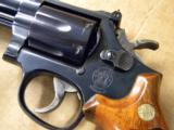 Vintage Smith & Wesson Model 19-6 .357 Magnum - 4 of 7