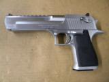 Magnum Research Desert Eagle Mark XIX .50 AE Brushed Chrome - 2 of 6