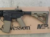 Smith & Wesson AR-15 5.56/.223 MagPul-FDE Dealer Exclusive 811064 - 3 of 6