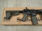 Smith & Wesson M&P15 Dealer Exclusive MagPul ODG AR-15 - 4 of 5