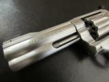 Smith & Wesson Model 617 10-Shot .22LR 4