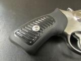 Ruger SP101 Double-Action .327 Federal Magnum - 4 of 9