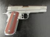 Kimber Gold Combat Stainless II 1911 .45 ACP 3200185 - 1 of 10