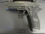 Sig Sauer P226 Tactical Operations 9mm (4) 20 Round Mags E26R-9-TACOPS - 3 of 9