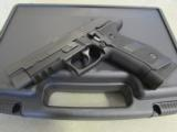 Sig Sauer P226 Tactical Operations 9mm (4) 20 Round Mags E26R-9-TACOPS - 1 of 9