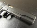 Dan Wesson Valor Full-Size 1911 Black .45 ACP - 8 of 9