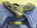 Smith & Wesson Model M&P9 Pro Series with Night Sights 178035 - 9 of 10