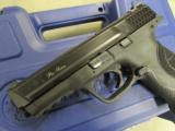 Smith & Wesson Model M&P9 Pro Series with Night Sights 178035 - 7 of 10