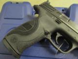 Smith & Wesson M&P40 Pro Series C.O.R.E. .40 S&W 178060 - 3 of 7