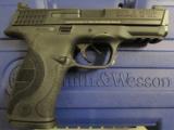 Smith & Wesson M&P40 Pro Series C.O.R.E. .40 S&W 178060 - 1 of 7