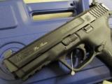 Smith & Wesson M&P40 Pro Series C.O.R.E. .40 S&W 178060 - 6 of 7